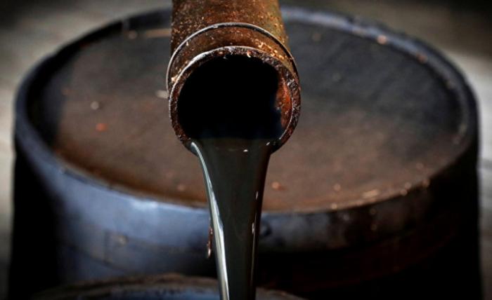 Нефтехранилища в США переполнены: цена на нефть опустистилась до ...